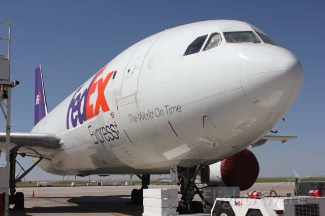 Airbus A300F4-600 (N741FD)