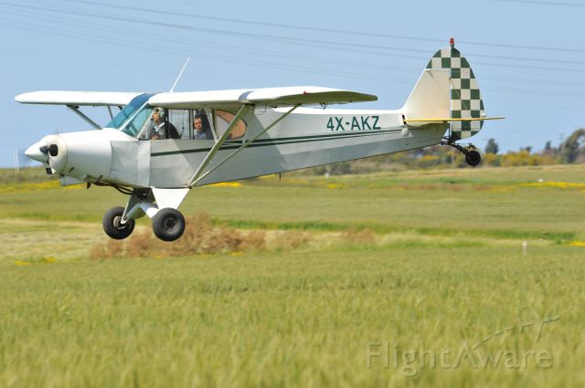Piper L-21 Super Cub (4X-AKZ)