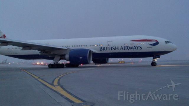 Boeing 777-200 (G-RAES) - departure