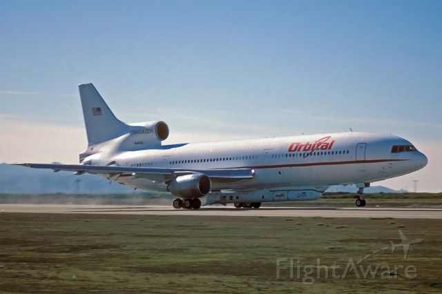 Lockheed L-1011 TriStar (N140SC) - Orbital Sciences Corporation L-1011 N140SC Stargazer carried the High Energy Solar Spectroscopic Imager (HESSI) spacecraft from Vandenberg Air Force Base, California to the Kennedy Space Center in Florida on Friday February 1, 2002.
