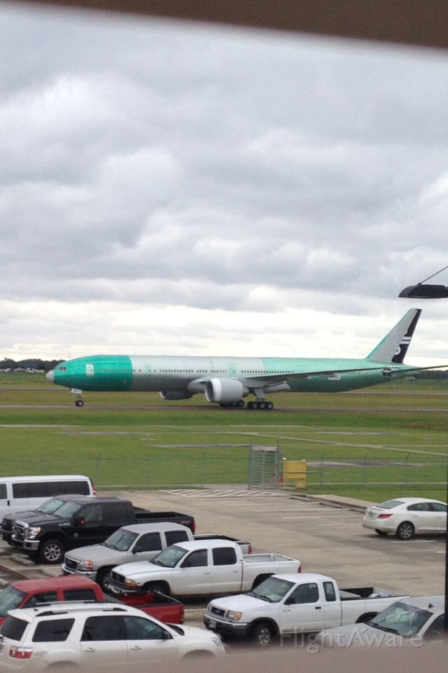 BOEING 777-300ER (ZK-OKR) - Air New Zealand