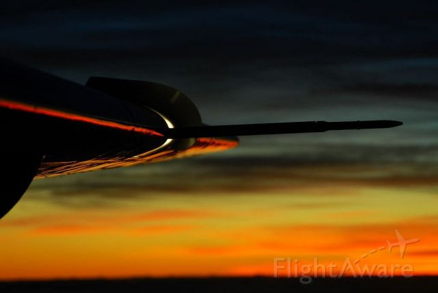 Cessna Caravan (N208HF) - Sunset over Northern Florida as see from the cockpit of a Cessna Caravan at 11000 MSL