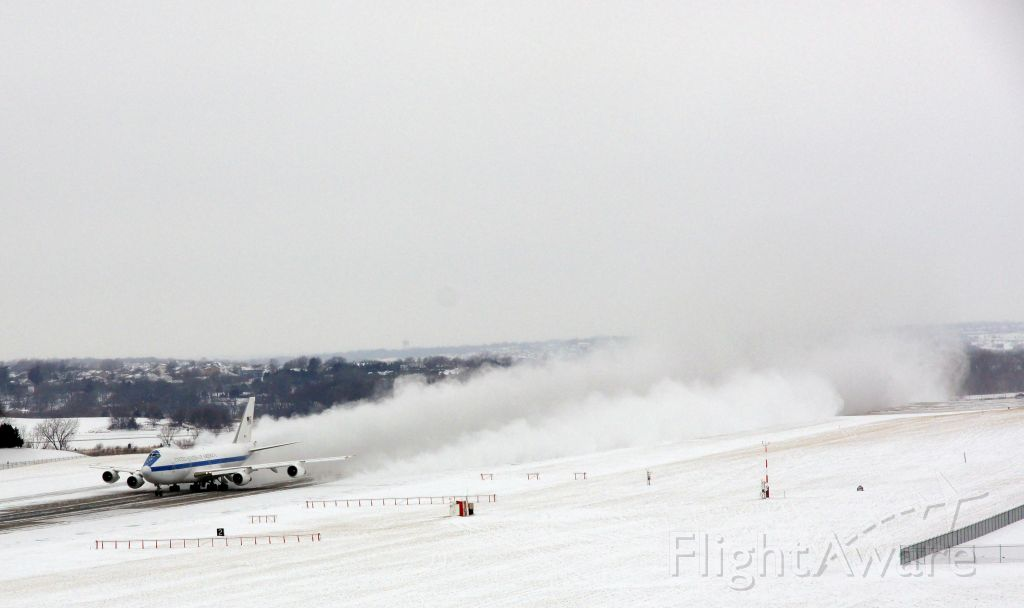 — — - E-4B Taking Off from Offutt AFB. Jan 21, 2011