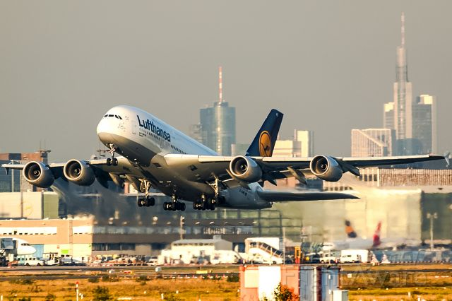 Airbus A380-800 (D-AIMD) - with my longest longlens!! Evening sun!