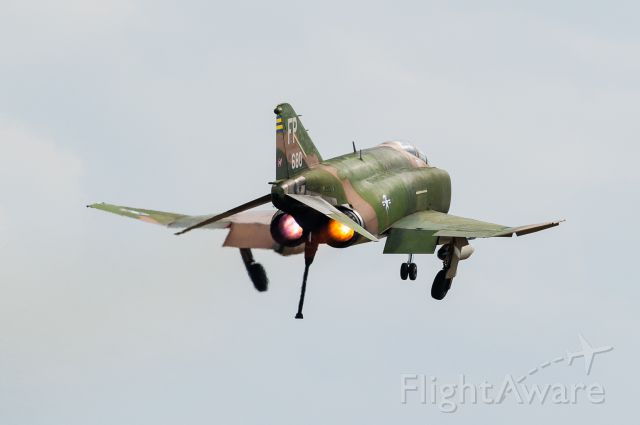 McDonnell Douglas F-4 Phantom 2 — - I had just landed and this flew over and landed after me, quite a wonderful sight!