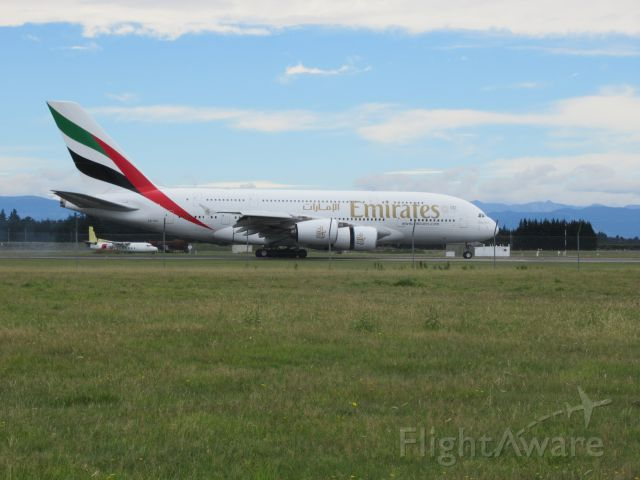 Airbus A380-800 (A6-EUI)