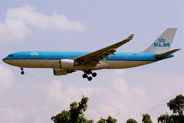 Airbus A330-200 (PH-AOA)
