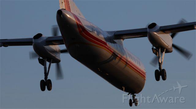 de Havilland Dash 8-300 (C-GRAI)