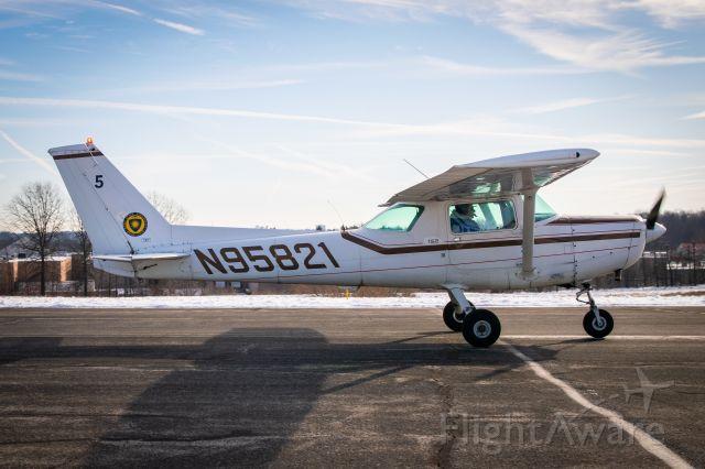 Cessna 152 (N95821)