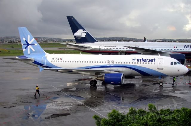 BOEING 767-200 (N745AM) - Aeromexico and Interjet