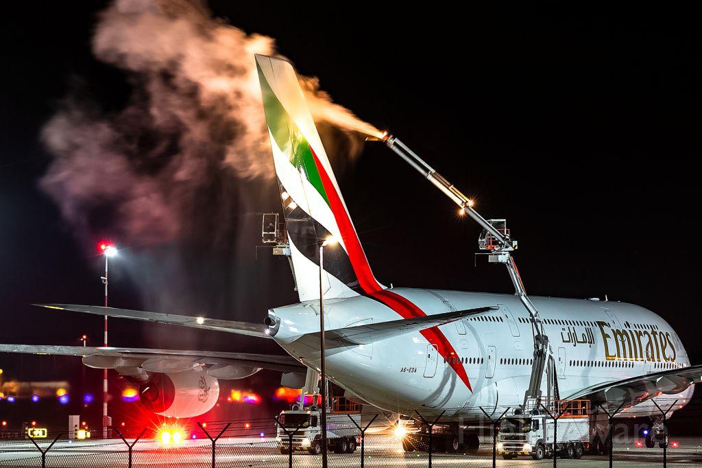 Airbus A380-800 (A6-EDA)