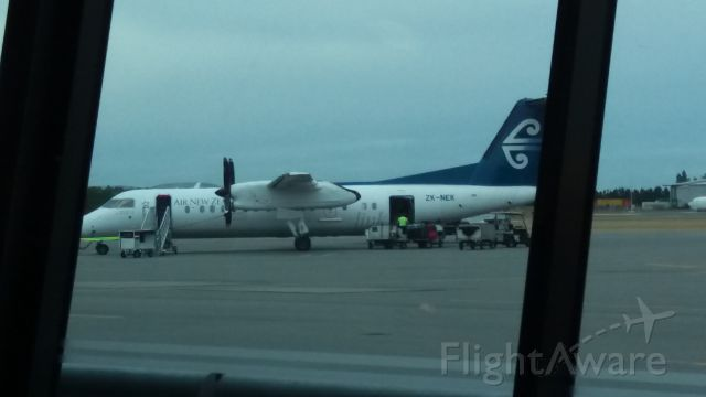 de Havilland Dash 8-300 (ZK-NEK) - Inside terminal waiting for JQ 171. Q300 of I get wrong. Yes this is my photo.