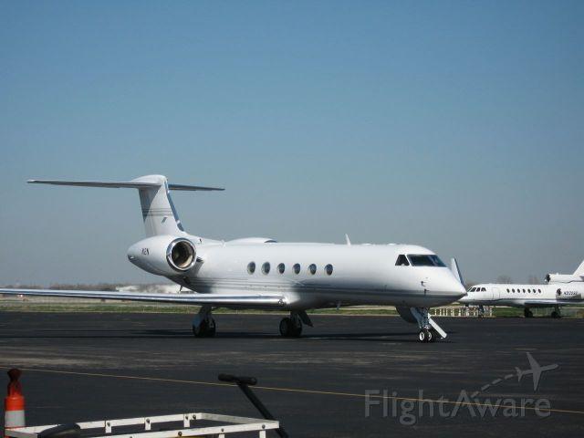 Gulfstream Aerospace Gulfstream V (N2N) - N2N parked at the Atlantic ramp at KAUS.