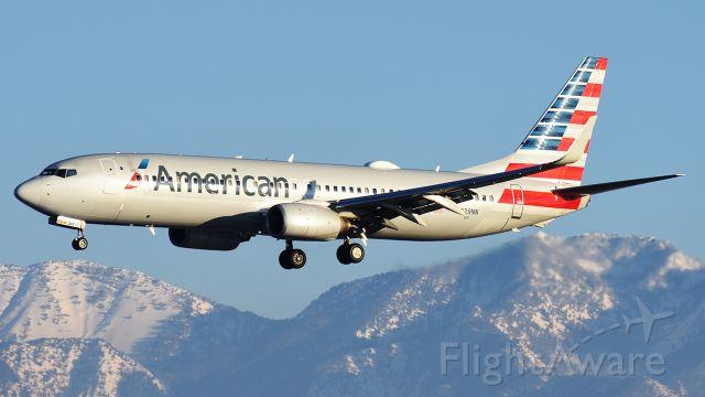 Boeing 737-700 (N829NN) - Actually a 737-800