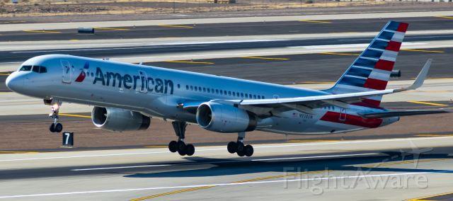 Boeing 757-200 (N938UW) - Departing RWY 7L