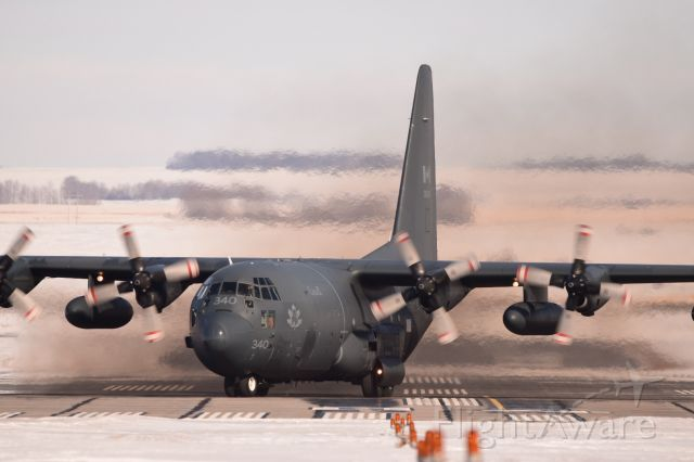 Lockheed C-130 Hercules — - This C-130 workhorse just touched down and is turning at the end of the runway to pick up a couple paratroopers after a successful practice jump. Feb 24,2020
