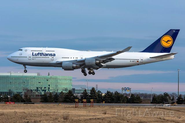 Boeing 747-400 (D-ABTL) - Lufthansa 747 D-ABTL