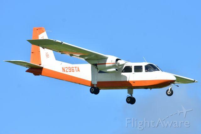 ROMAERO Islander (N296TA)