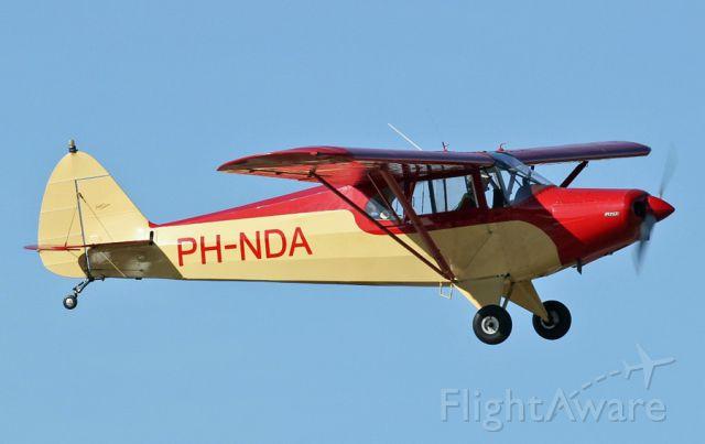 Piper PA-12 Super Cruiser (PH-NDA)