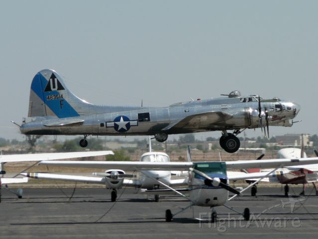 Boeing B-17 Flying Fortress (N9323Z) - Just airborne! April 20, 2008