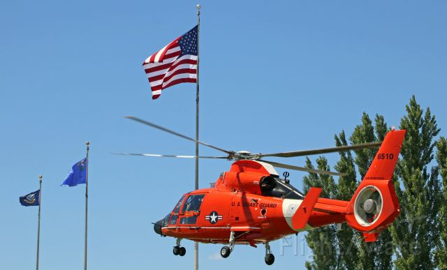 """VOUGHT SA-366 Panther 800 (C6510) - CG6510, an Aerospatiale MH-65D Dolphin of Coast Guard Air Station San Francisco (the """"Guardians of the Golden Gate""""), lifts off to return to its home base at San Francisco International Airport after participating in Memorial Day (2018) ceremonies.br /br /To read a brief historical summary about CGAS San Francisco, click on the link below ...br /a rel=nofollow href=http://www.flysfo.com/museum/exhibitions/united-states-coast-guard-air-station-san-franciscohttps://www.flysfo.com/museum/exhibitions/united-states-coast-guard-air-station-san-francisco/a"""