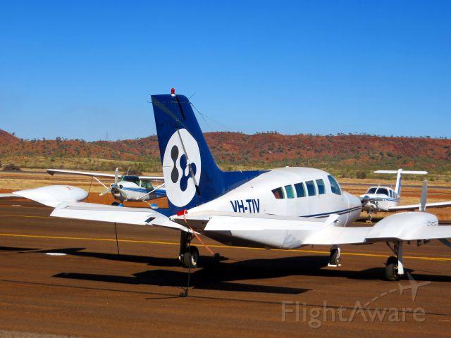 Cessna 402 (VH-TIV)