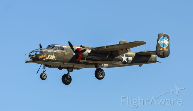 """North American TB-25 Mitchell (N3476G) - North American B-25 Mitchell """"Tondelayo"""" on final for Runway 32 at Nashua during the Wings of Freedom Tour 2019.<br />Shot with a Nikon D3200 w/ Nikkor 70-300mm<br />Best viewed in Full Size"""