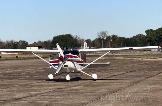 Cessna Skylane (N52753)