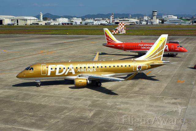 Embraer 175 (JA09FJ)