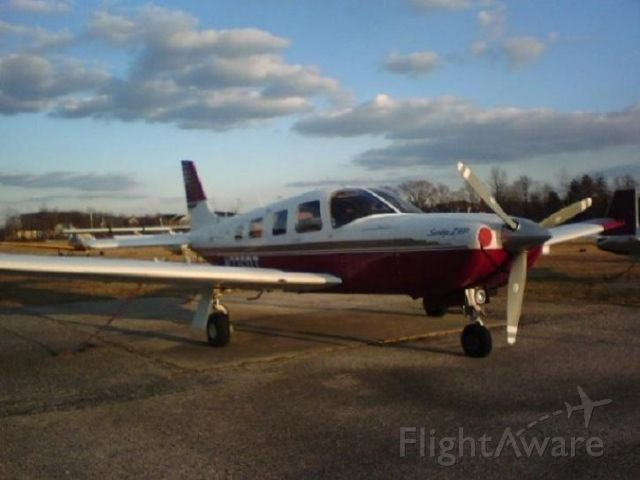 Piper Saratoga (N226DT)