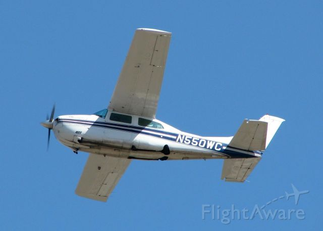 Cessna Centurion (N550WC) - Departing Downtown Shreveport. Almost the same shot but on a different day.
