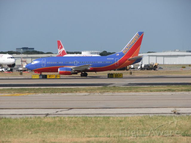Boeing 737-500 (N520SW) - Southwest Airlines flight 24 with service to Oklahoma City, OK