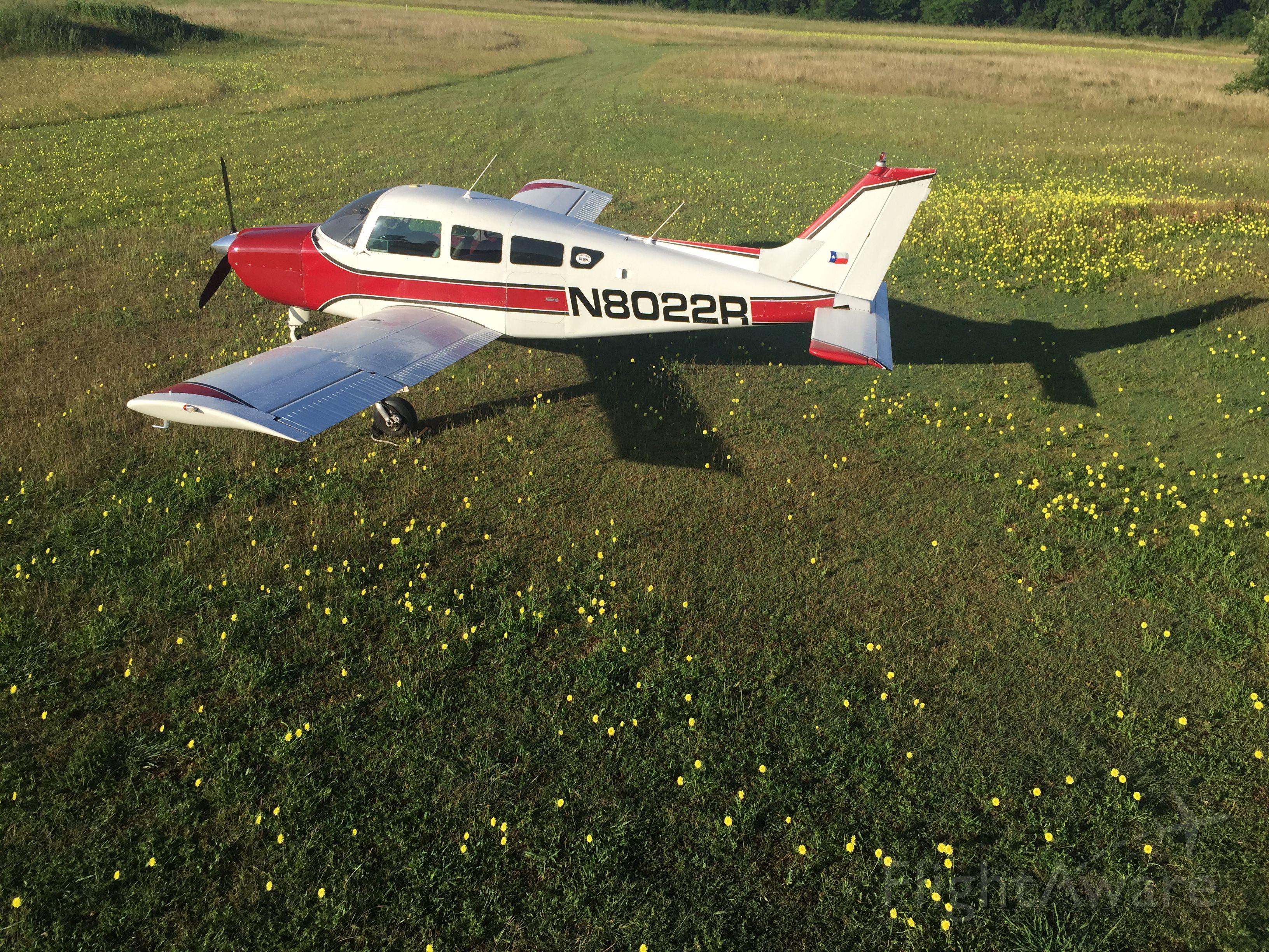 Beechcraft Sundowner (N8022R)