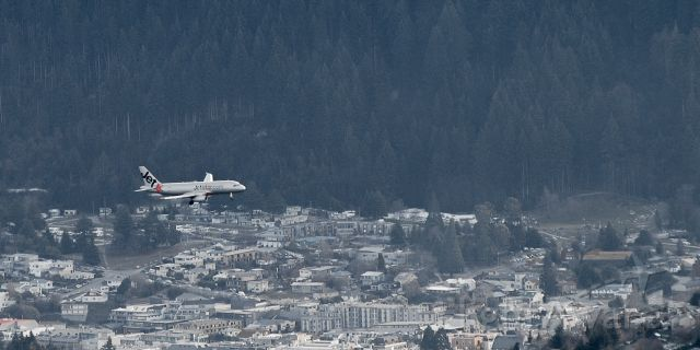 Airbus A320 — - A Jetstar A320 on final approach for Queenstown
