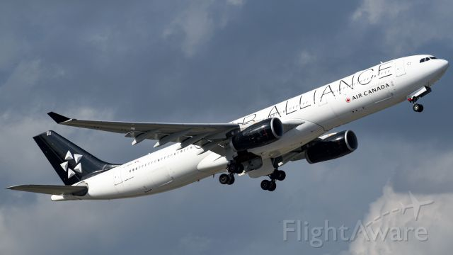 Airbus A330-300 (C-GEGP) - Air Cananda Airbus A330-300 departing FLL