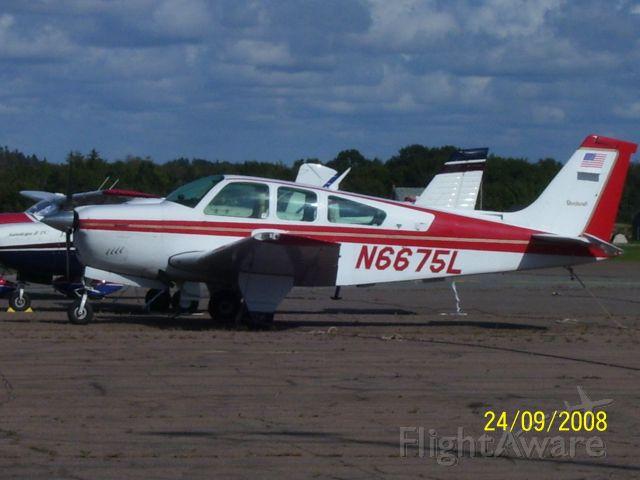 Beechcraft 35 Bonanza (N6675L)