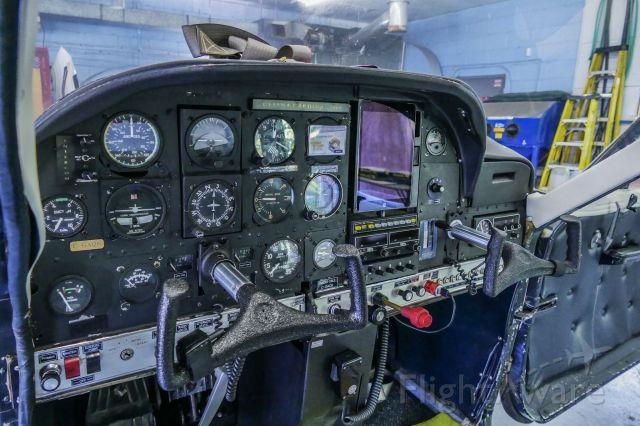 Cessna Cardinal (C-GAQS) - Instrument panel of C177 C-GAQS
