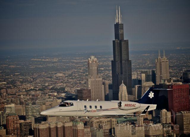 Learjet 55 (N890AC)