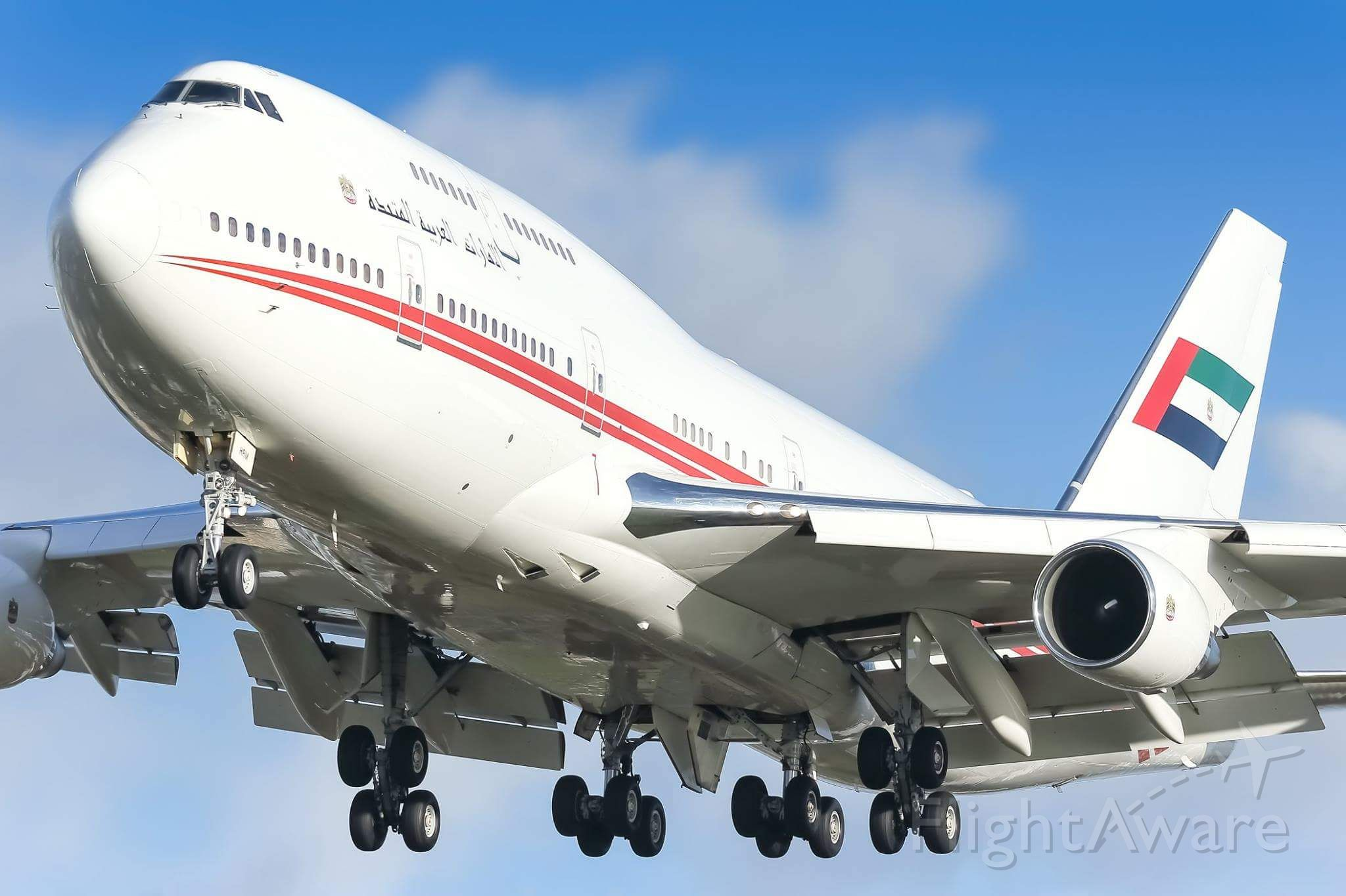 Boeing 747-200 (A6-HRM)