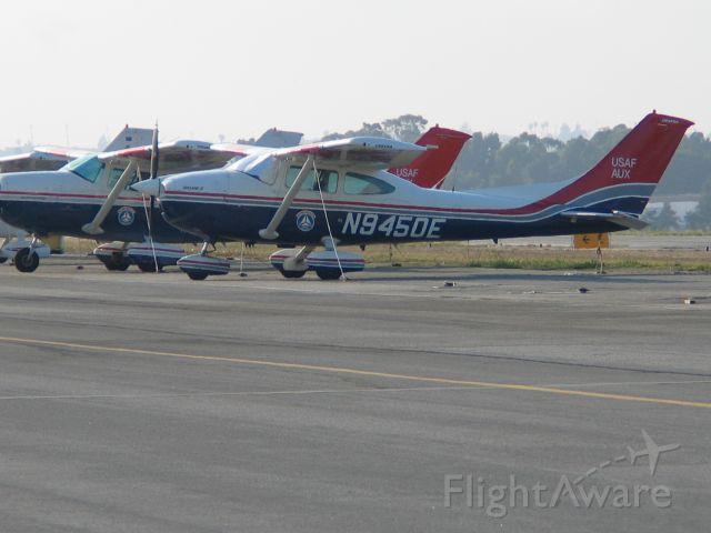 Cessna Skylane (N9450E)