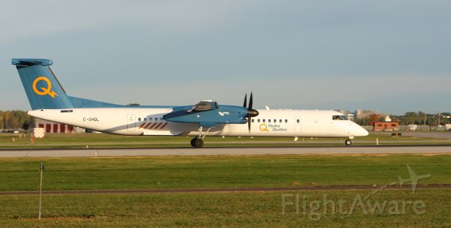 de Havilland Dash 8-400 (C-GHQL)