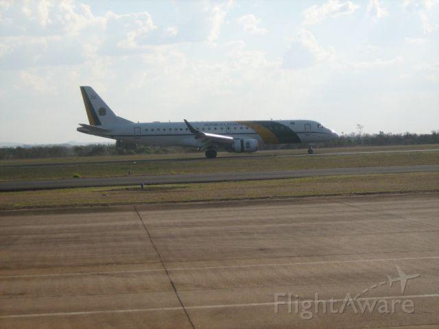 Embraer ERJ-190 (VAL22590) - aerointerior.blogspot.com