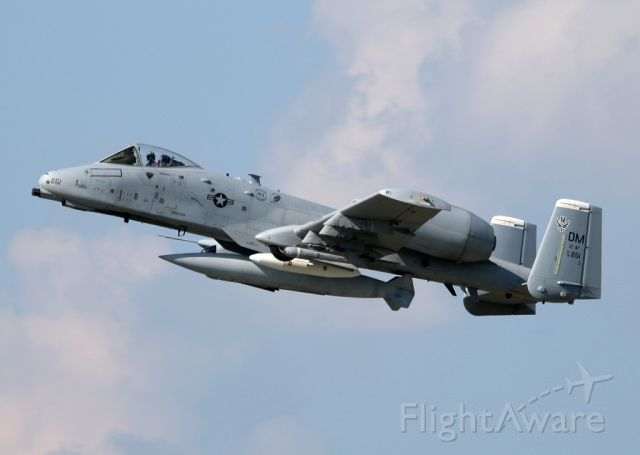 Fairchild-Republic Thunderbolt 2 (78-0651) - I always want to see a impressive A-10. Now a dream come true! The weird thing, its on a mostly boring civil airport.