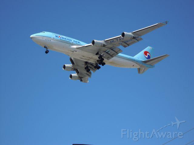— — - Korean 747-400