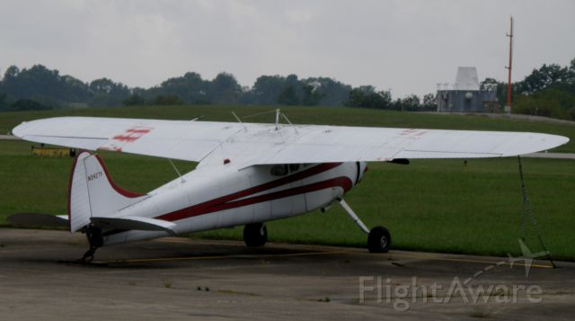 Cessna 190 (N3427V) - A vintage (1948) Cessna 190, N3427V, on the ramp at Capital City Airport (KFFT) at Frankfort, KY...