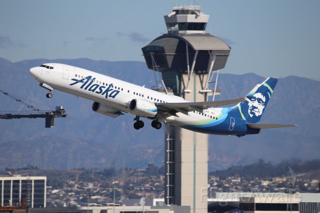 Boeing 737-900 (N263AK)