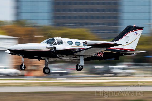 Cessna 421 (N87MK)