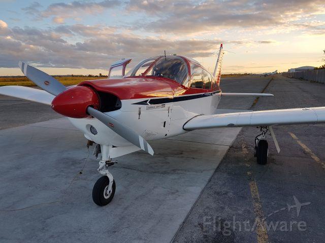 Piper Cherokee (C-FYZW)