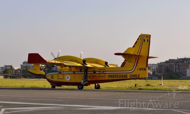 Canadair CL-415 SuperScooper (I-DPCW) - Protezione Civile Canadair CL-415 I-DPCW in Roma Ciampino