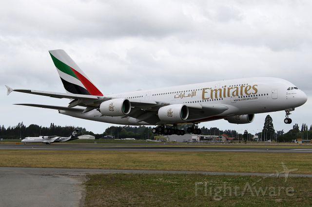 Airbus A380-800 (A6-EUL) - EK412 from SYDbr /on 25 December 2016